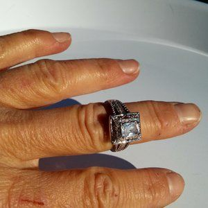"""Women`s marked """"925"""" square cocktail ring. Size 8."""